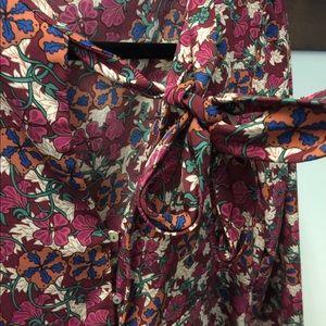 Dresses - 🌷Sfera floral dress